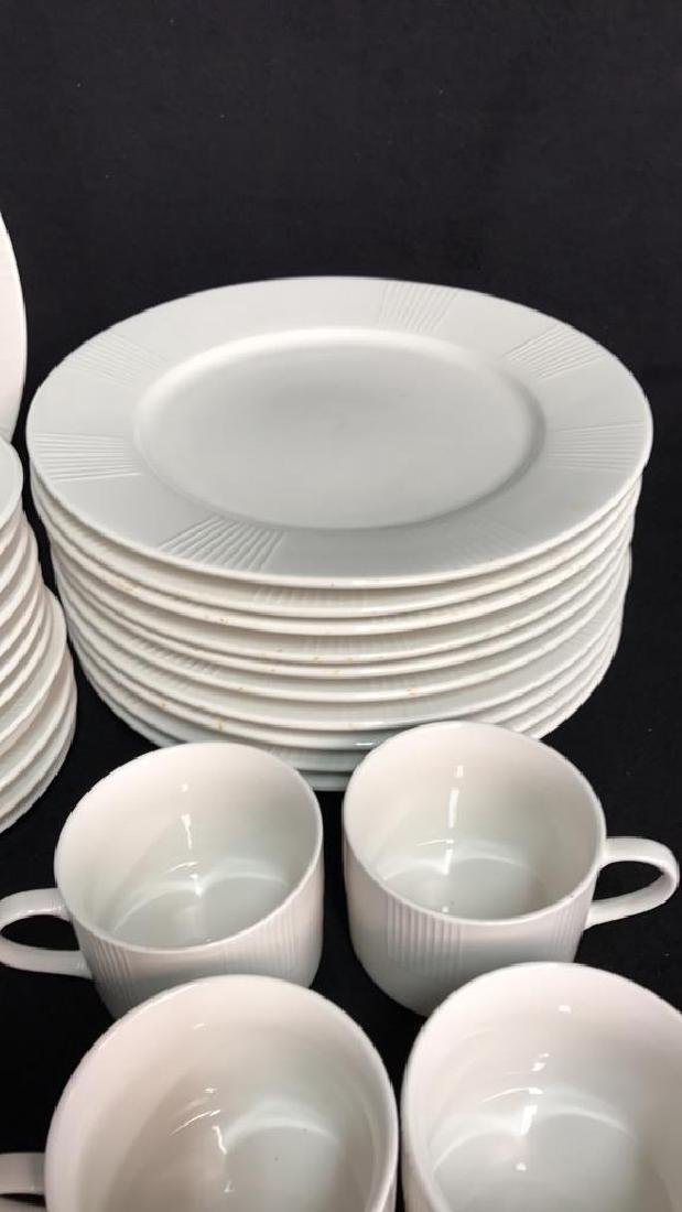 56 Piece MAJESTICWARE BY ONEIDA Set - 6