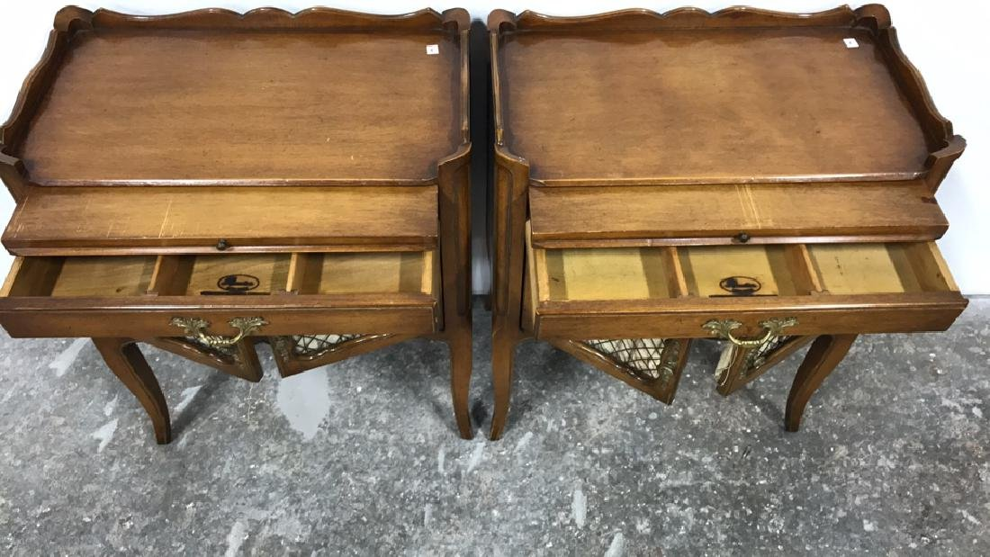 Pair RUDER NEW YORK Night Tables - 7