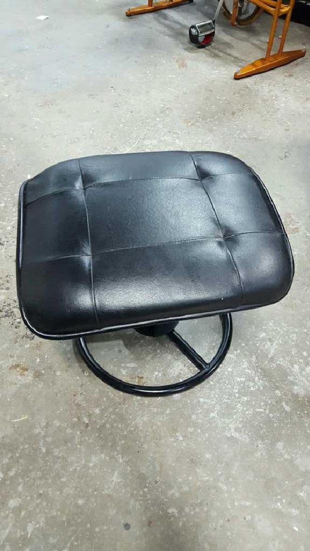 Italsofa Leather Arm Chair & Footrest - 8
