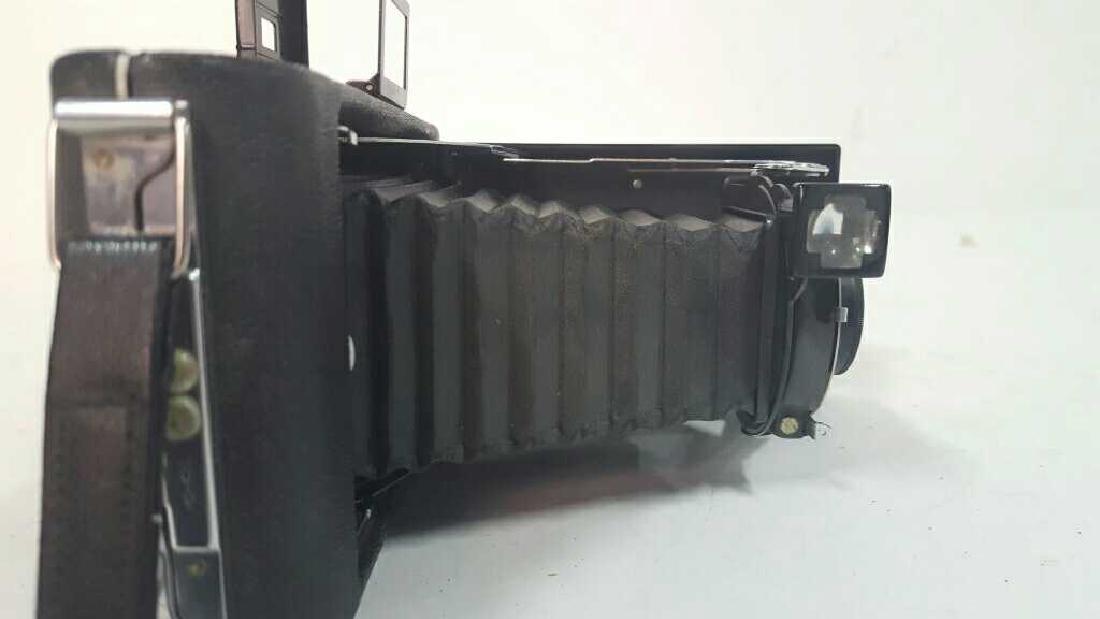 Kodak Vigilant Junior Six-16 Camera - 4