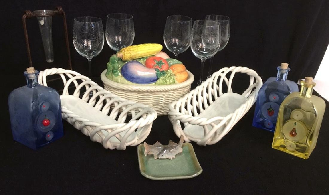 Tabletop Pottery Glassware Stemware Items Group lot
