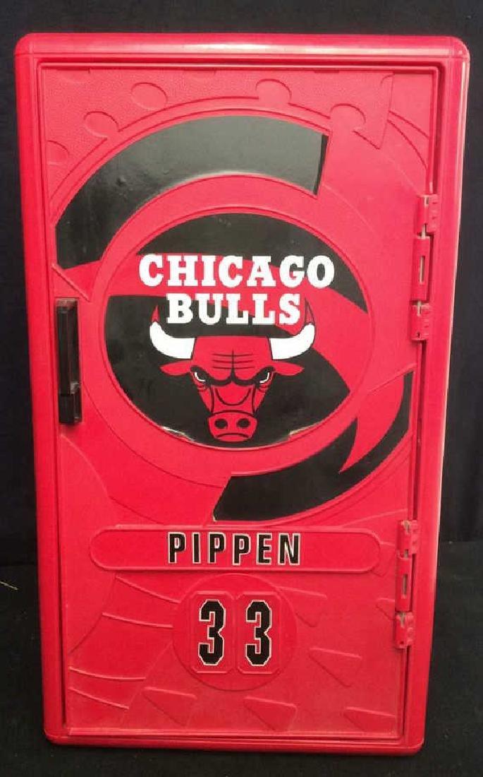 Mini Chicago Bulls Pippin 33 Storage Locker Red plastic