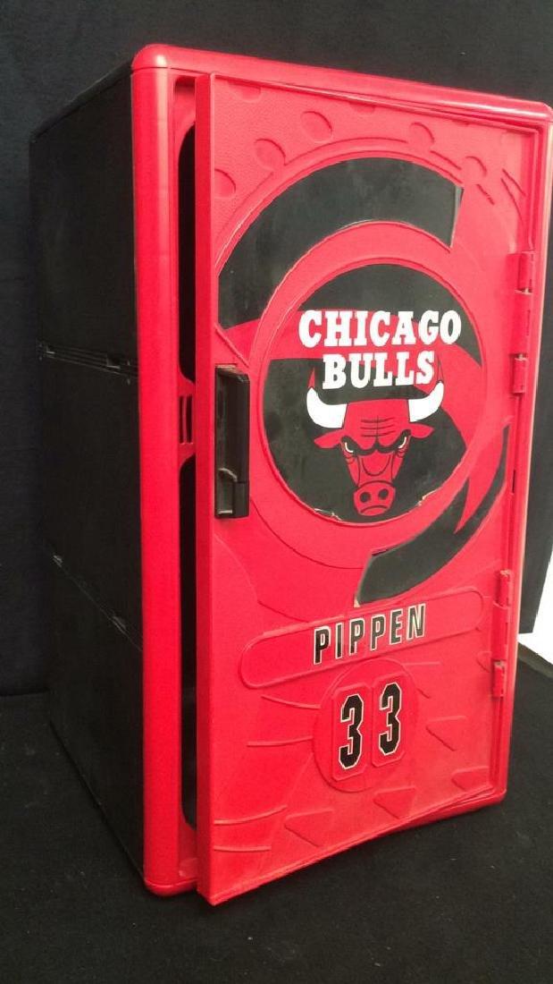Mini Chicago Bulls Pippin 33 Storage Locker Red plastic - 4