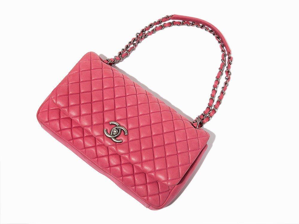 Chanel, Pink Iridescent Calfskin New Bubble Flap Bag, - 5