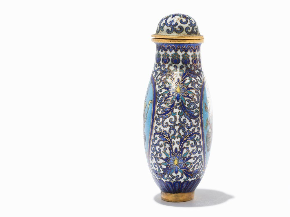 Cloisonné '100 Antiquities' Snuff Bottle, Qing Dynasty - 3