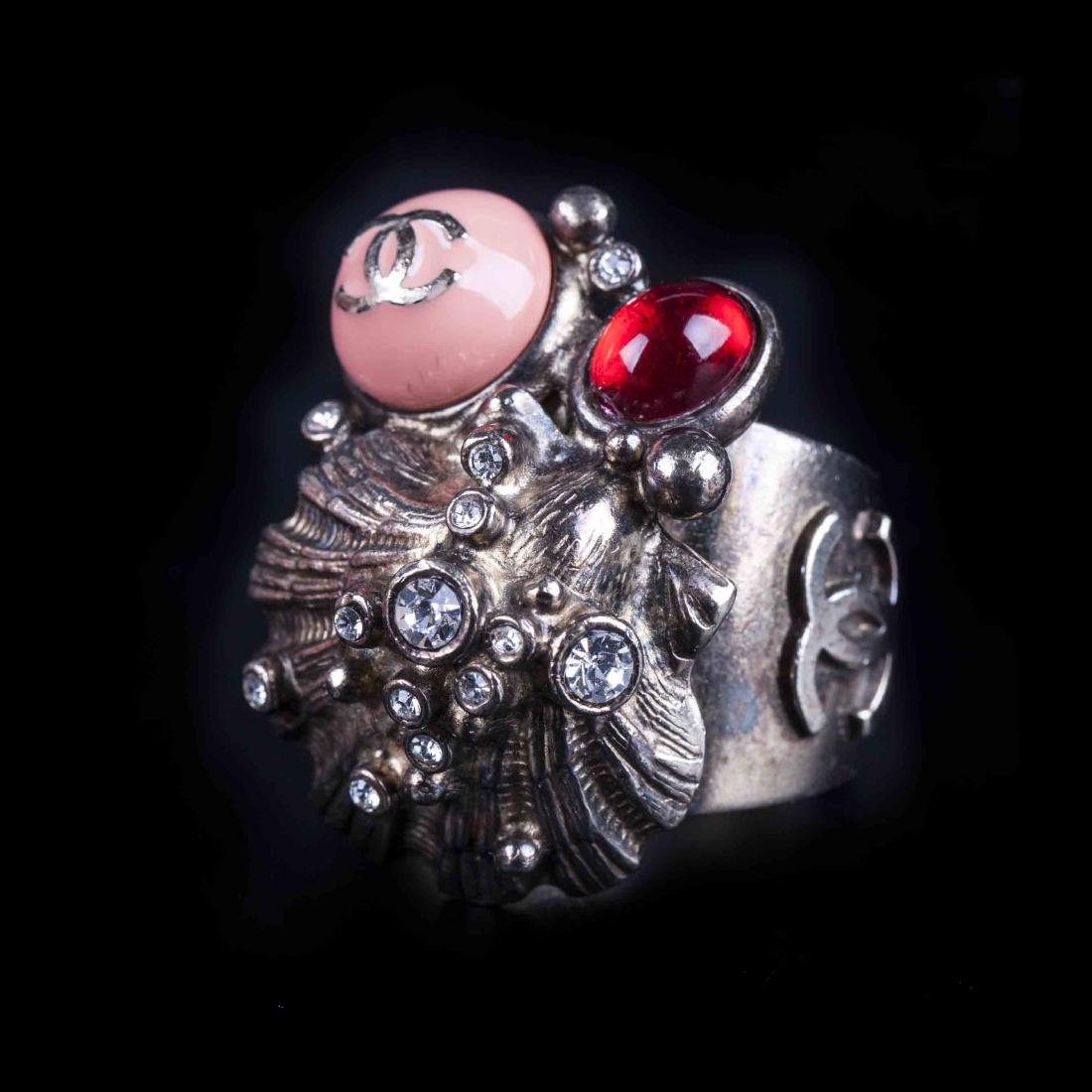 Chanel ring from the 2005 cruise collection