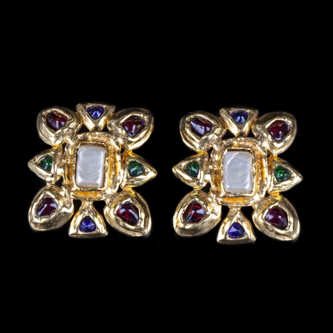 Chanel earclips with gripoix glass