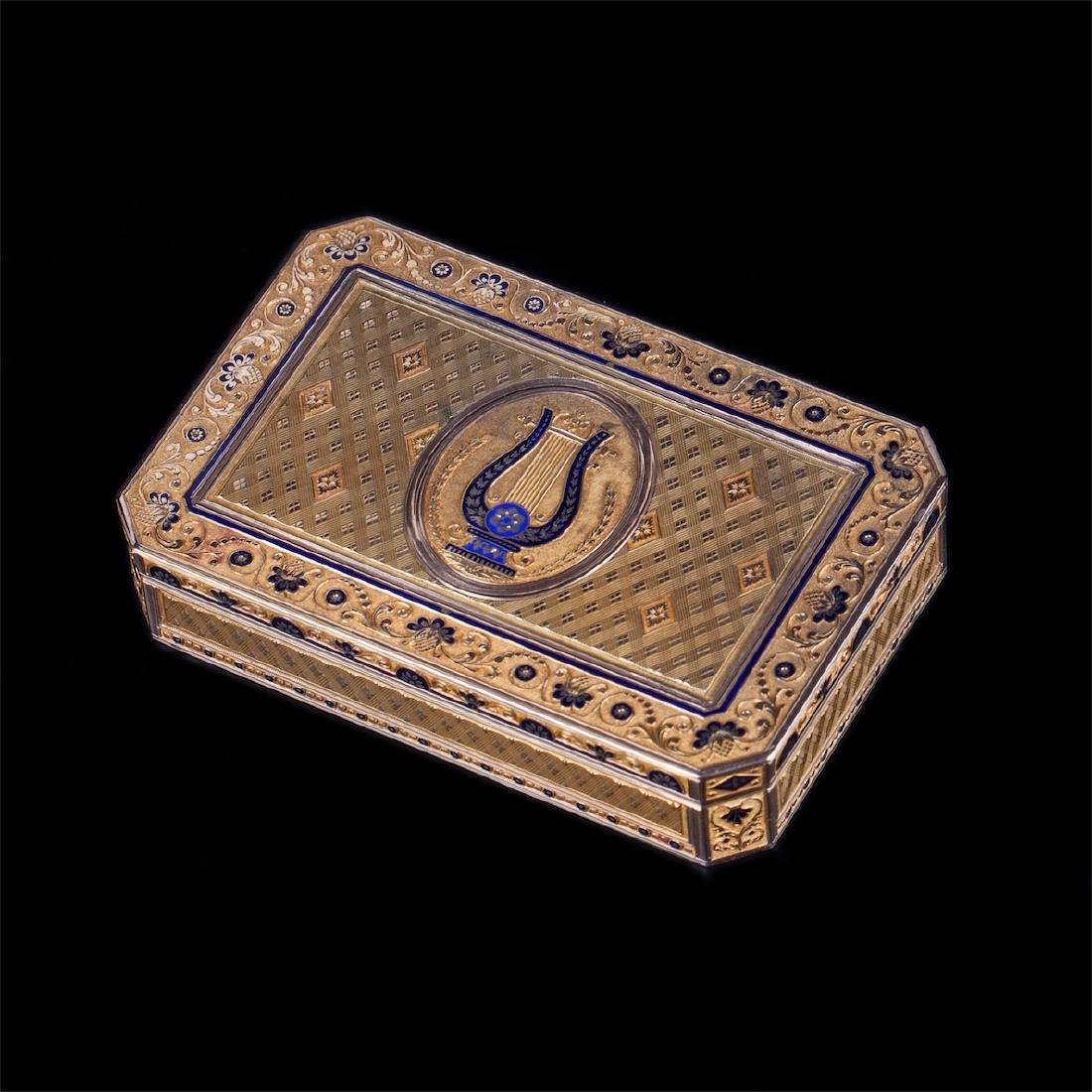 18th century Swiss gold snuff box with harp - 2