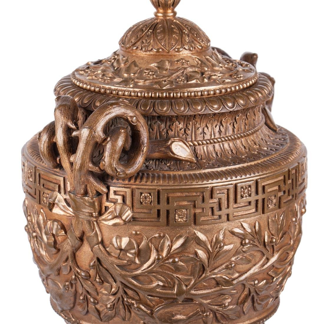 Impressive Italian bronze vase by B. Bochetti - 2