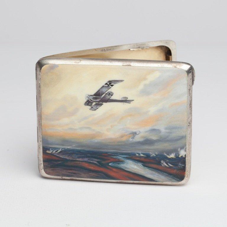 Sigarette case. First world war. Marked 900.