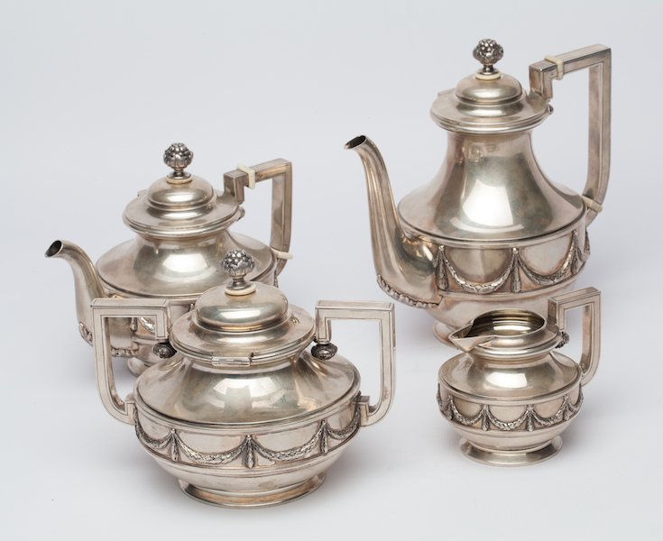 Tea-coffee set by Faberge. Moscow, 1898-1908.