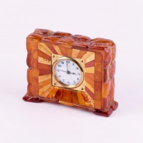 Desk Clock With Amber And Alarm.