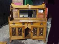 2030: Top quality 1\4 sawn oak Arts & Crafts sideboard