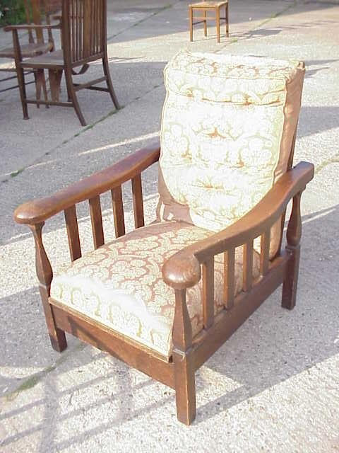 4038: Arts & Crafts oak reclining armchair