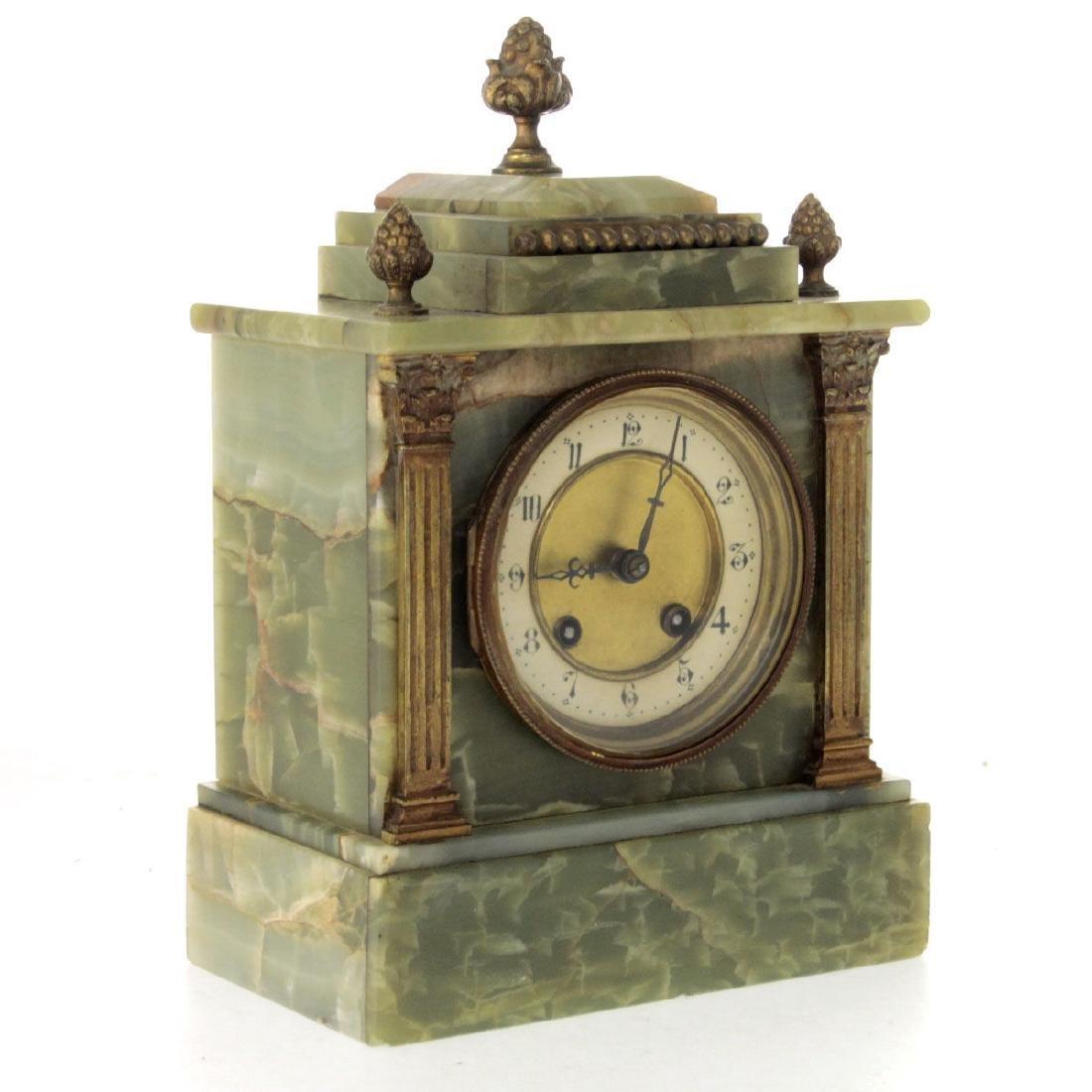 Mantel Clock. - 2