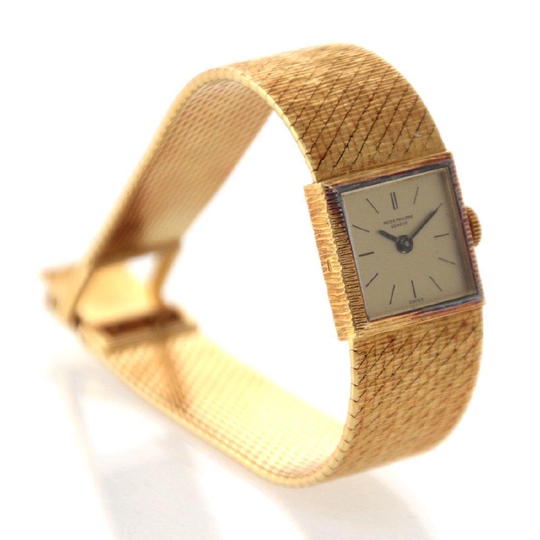 Patek Philippe Ladies 18k Yellow Gold Wrist Watch.