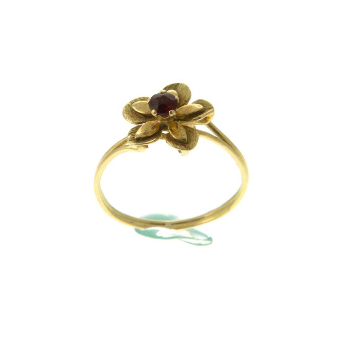 18k Yellow Gold Flower Ring.