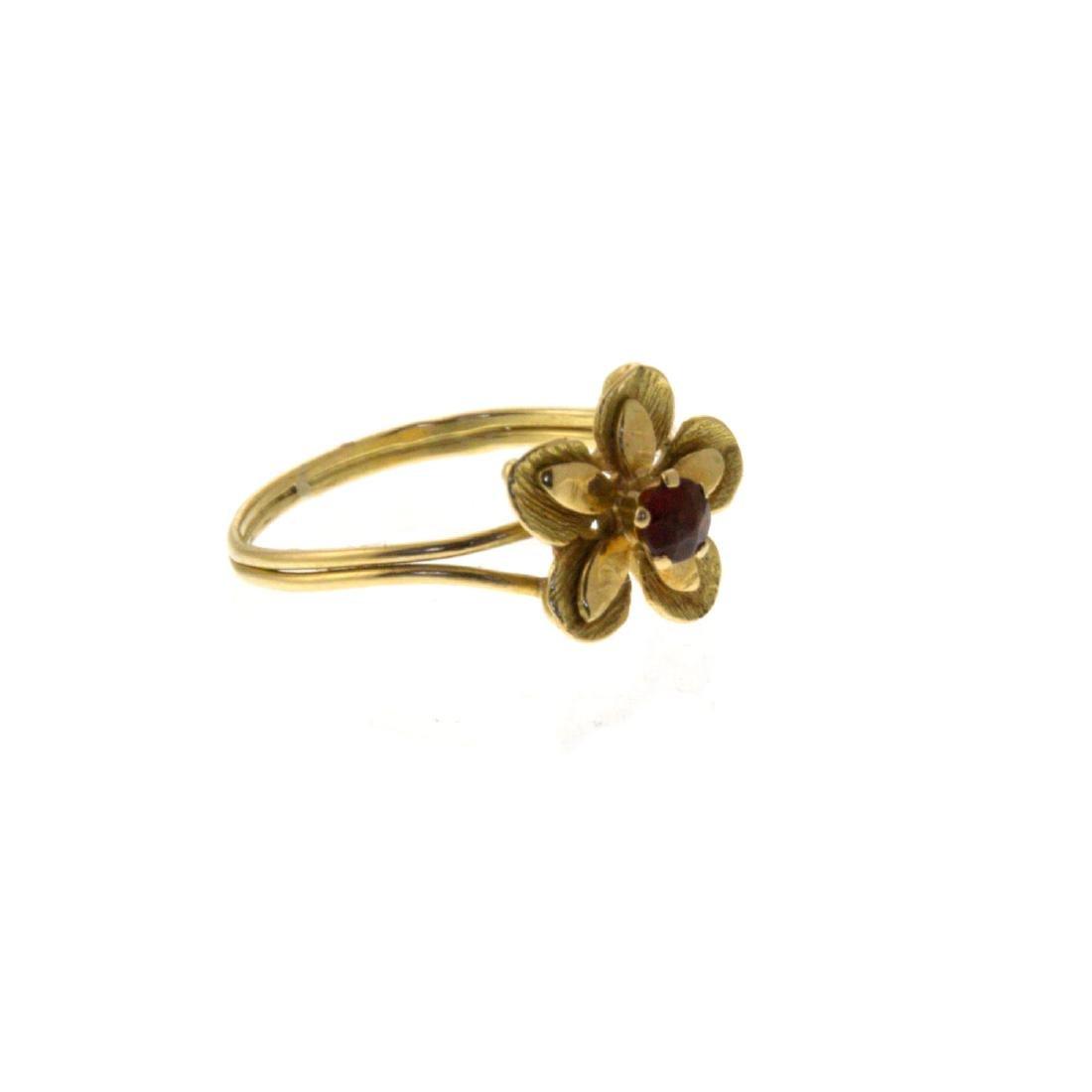 18k Yellow Gold Flower Ring. - 5
