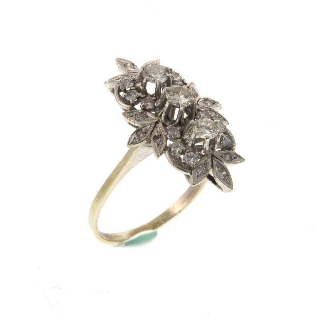 Impressive 14k White Gold 1.08ct Diamond Ring. - 2