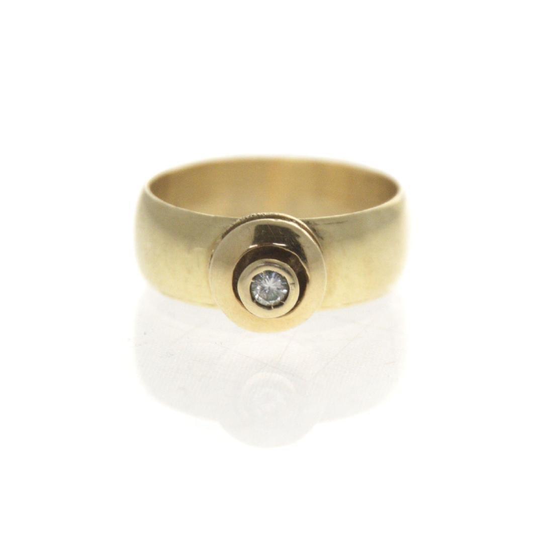 14k Yellow Gold Diamond Ring. - 4