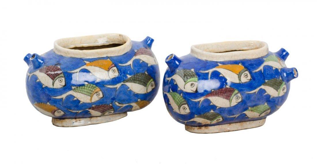 TRITTICO composto da due FIORIERE e da VASO in ceramica
