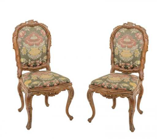 COPPIA SEDIE stile barocco in legno laccato (seduta h