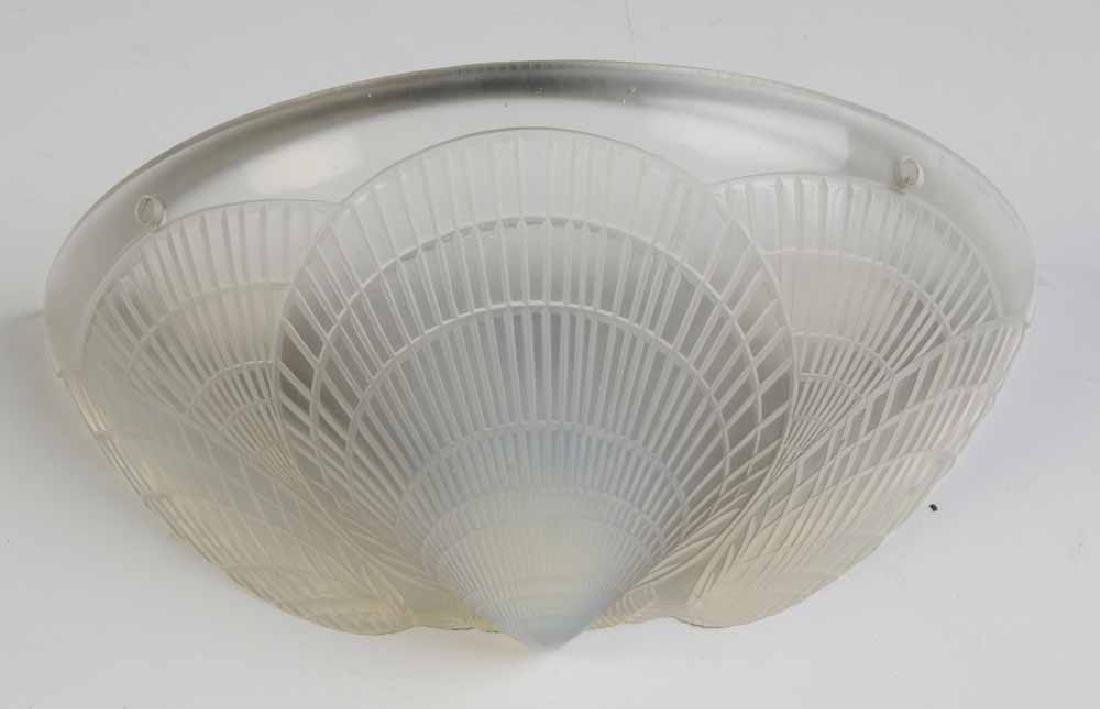 Pair Lalique Frosted Glass [Coquilles - 2