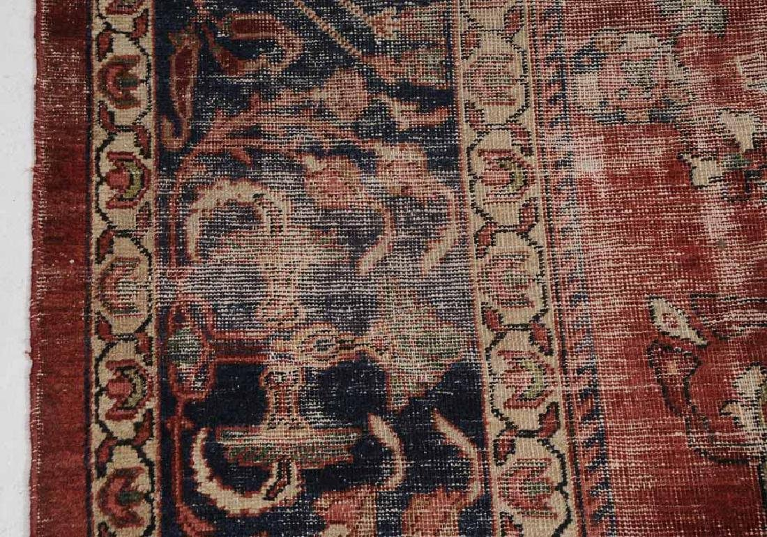 Antique Sarouk Carpet - 4
