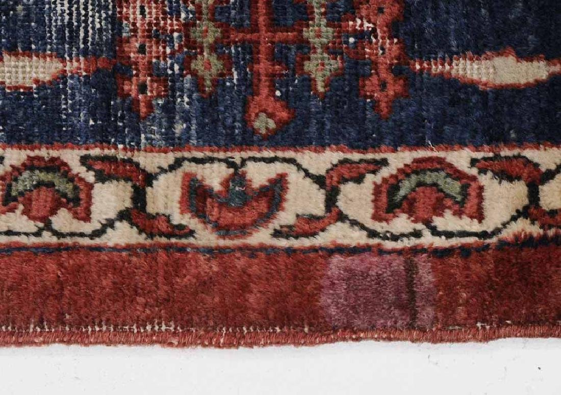 Antique Sarouk Carpet - 7