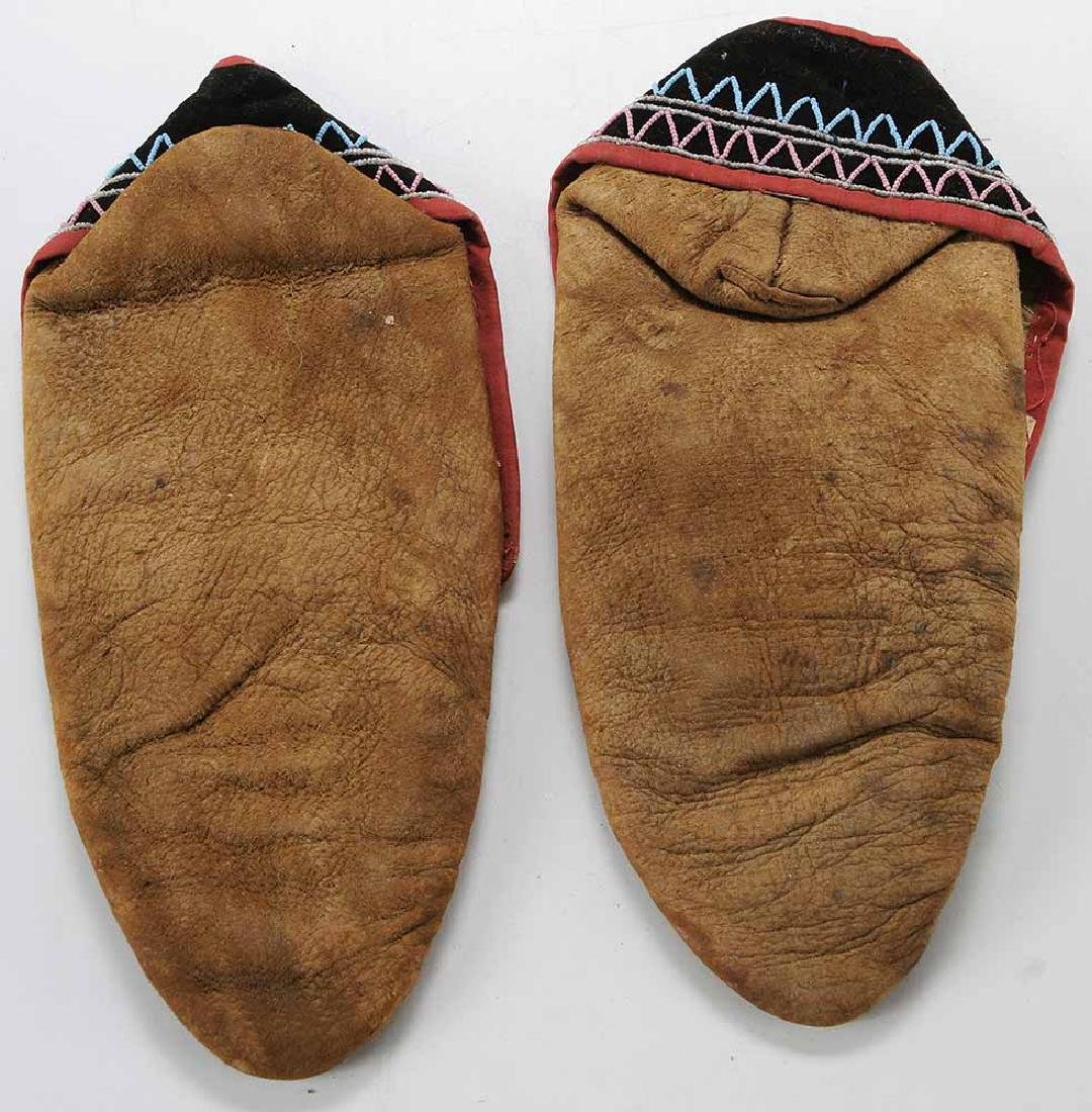 Pair Native American Beaded Moccasins - 3