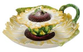 Chelsea Sunflower Tureen And Stand