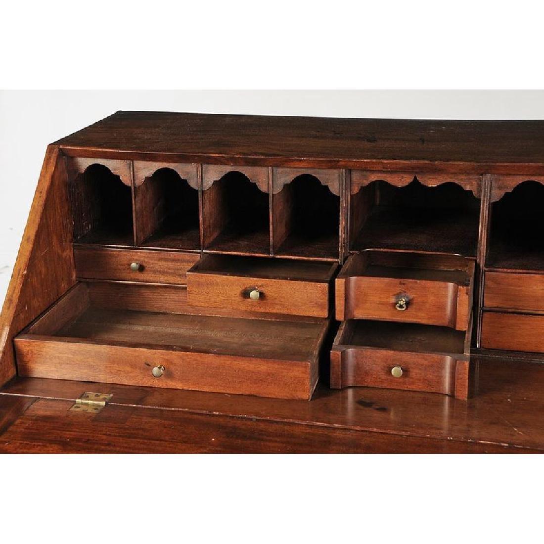 Massachusetts Chippendale Mahogany Desk - 10