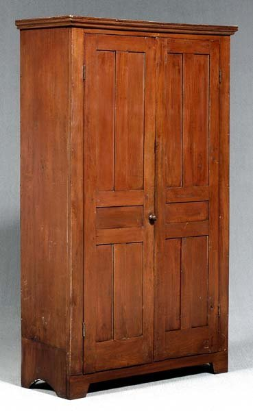19: Southern poplar cupboard,