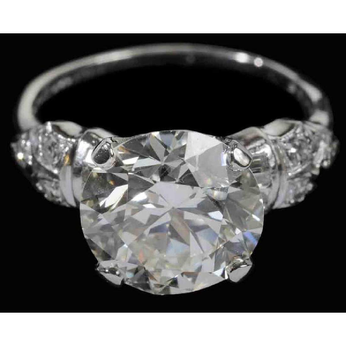 Platinum & Diamond Ring*