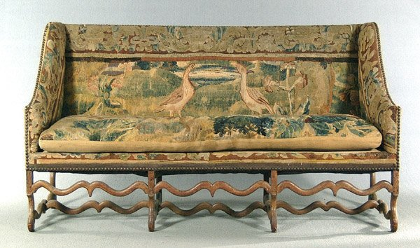 24: 18th century Continental sofa,