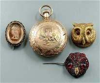 270 Four pieces gold owl jewelry