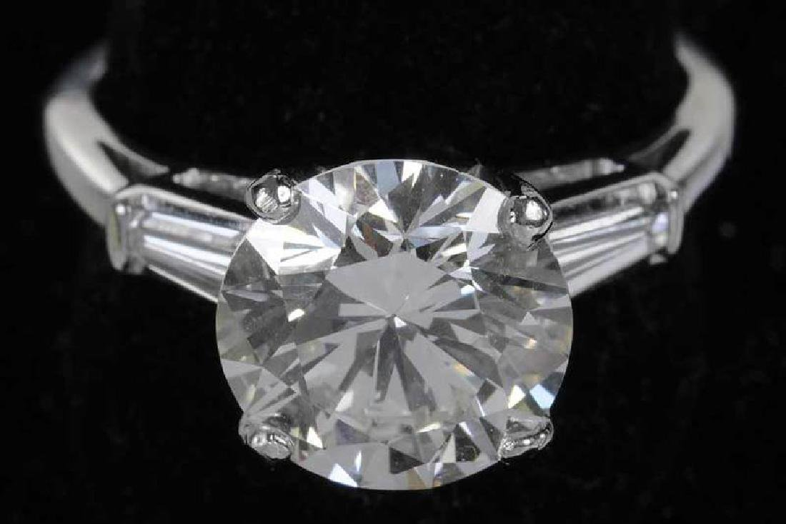 Platinum & Diamond Ring - 3