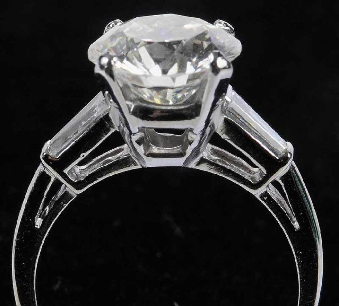 Platinum & Diamond Ring - 5