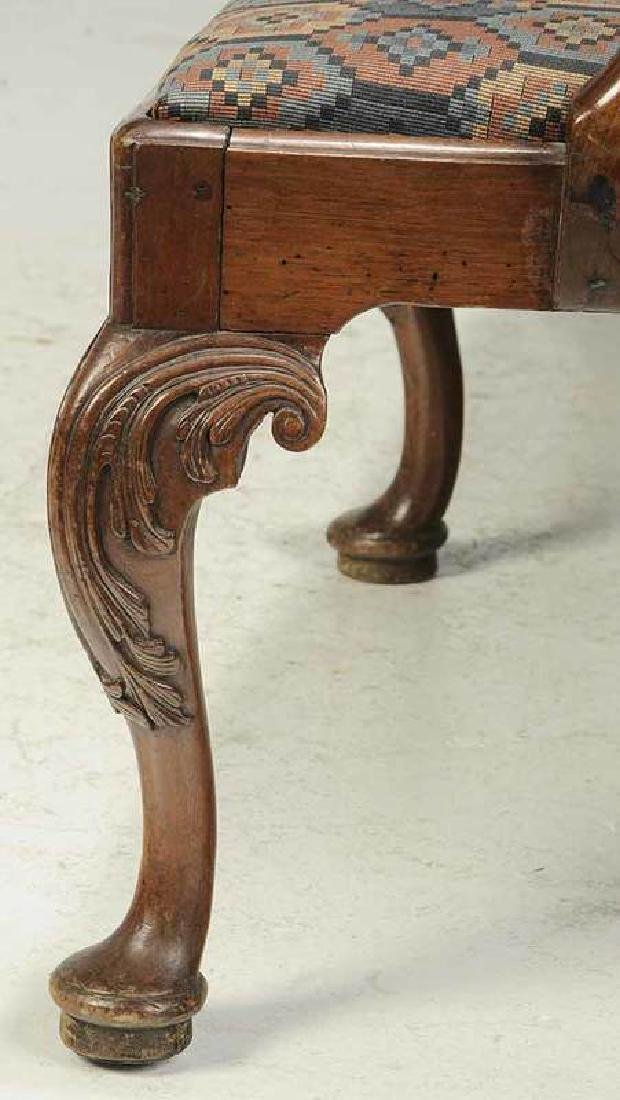 George II Caned Walnut Settee - 5