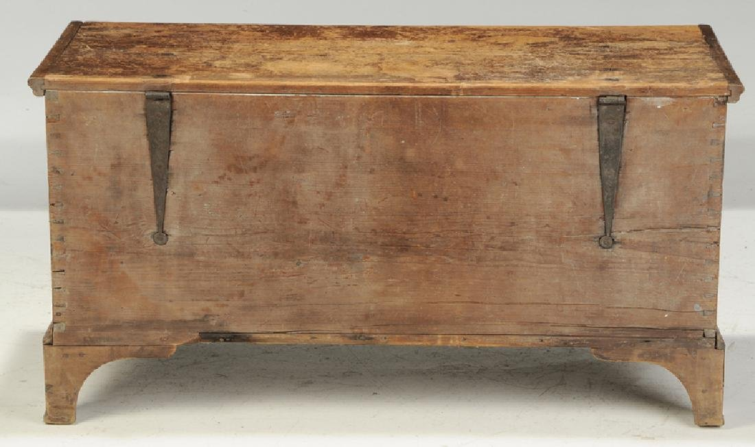 Pennsylvania Chippendale Decorated Blanket Chest - 8