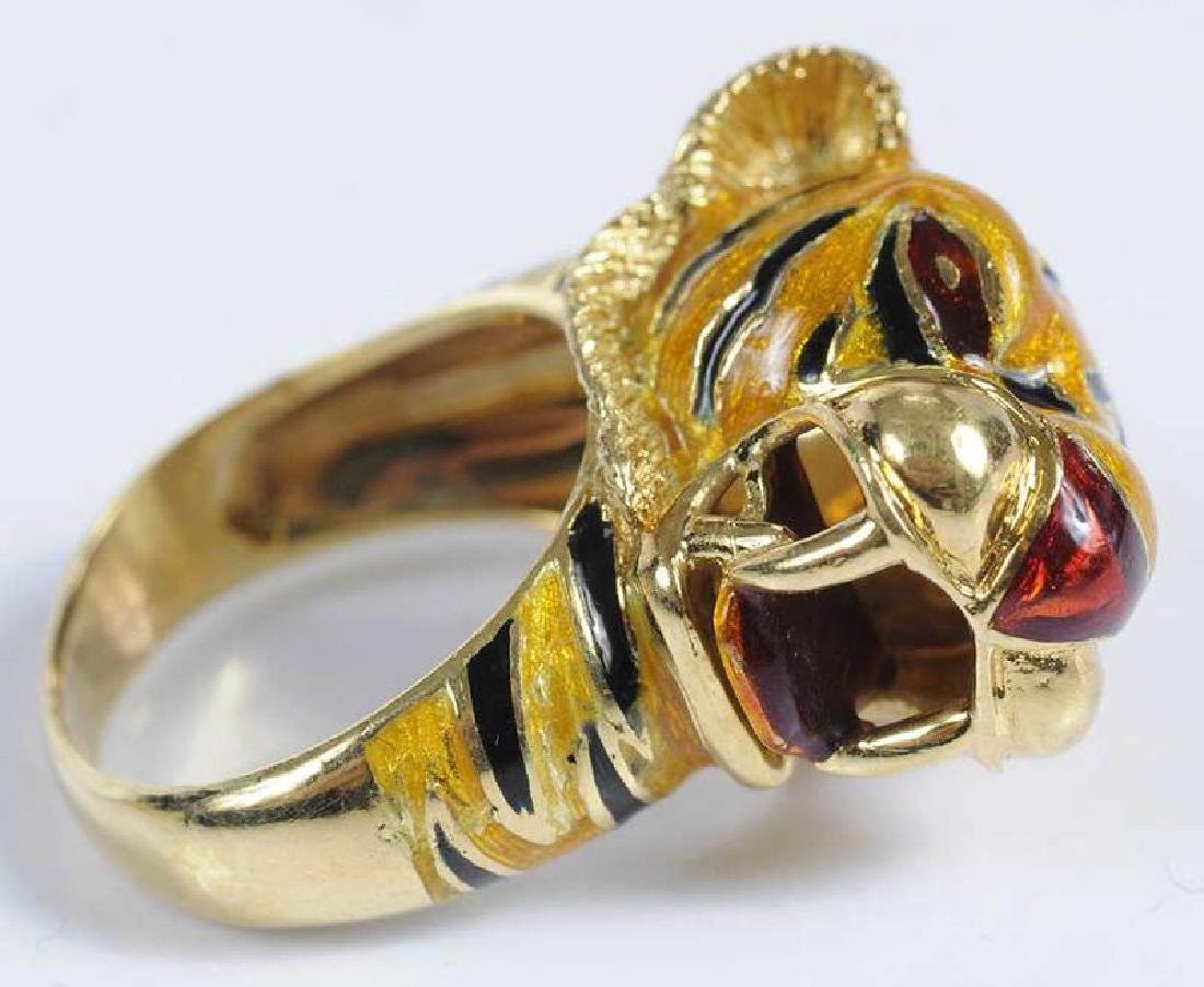 Three Pieces Gold Lion & Tiger Jewelry - 6
