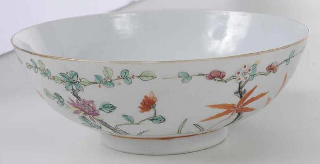 Three Chinese Export Bowls - 4