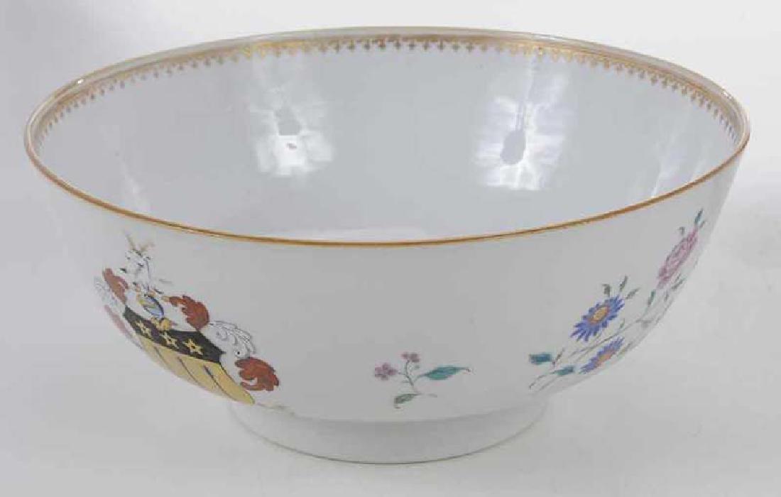 Three Chinese Export Bowls - 8