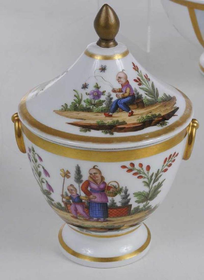 Four Scenic Decorated Porcelain Table Objects - 3