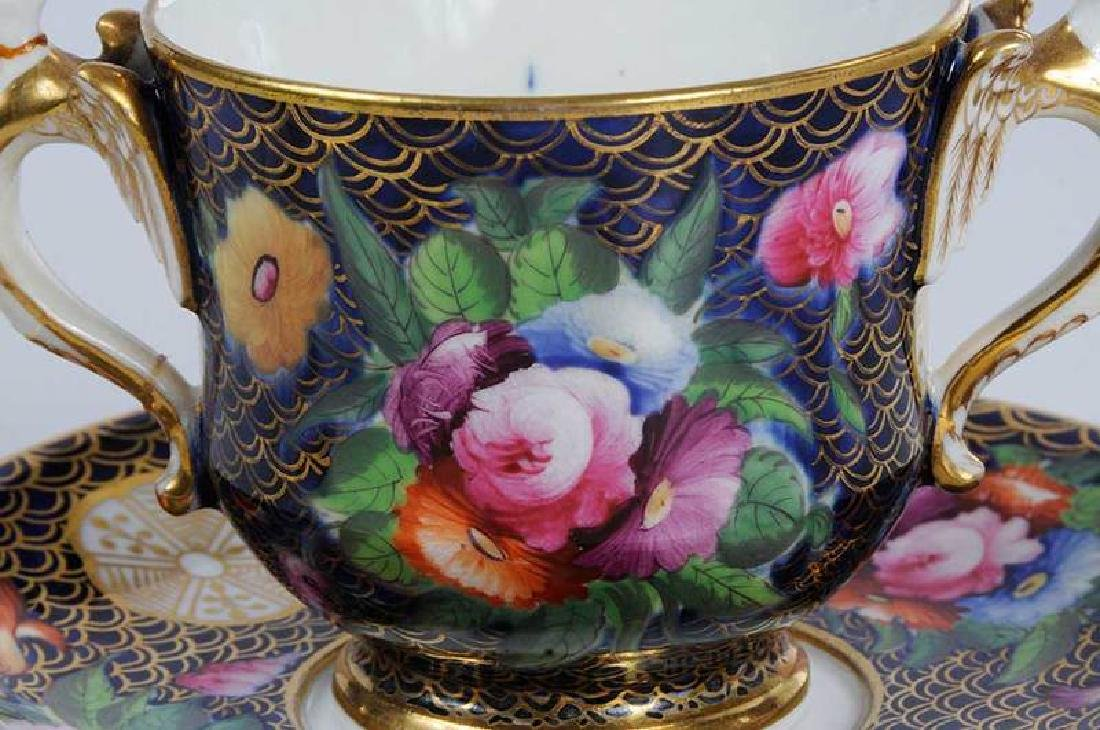 Five Pieces of Porcelain with Floral Decoration - 5