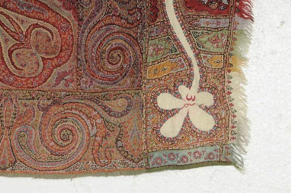 Fine Paisley Wool Shawl - 4