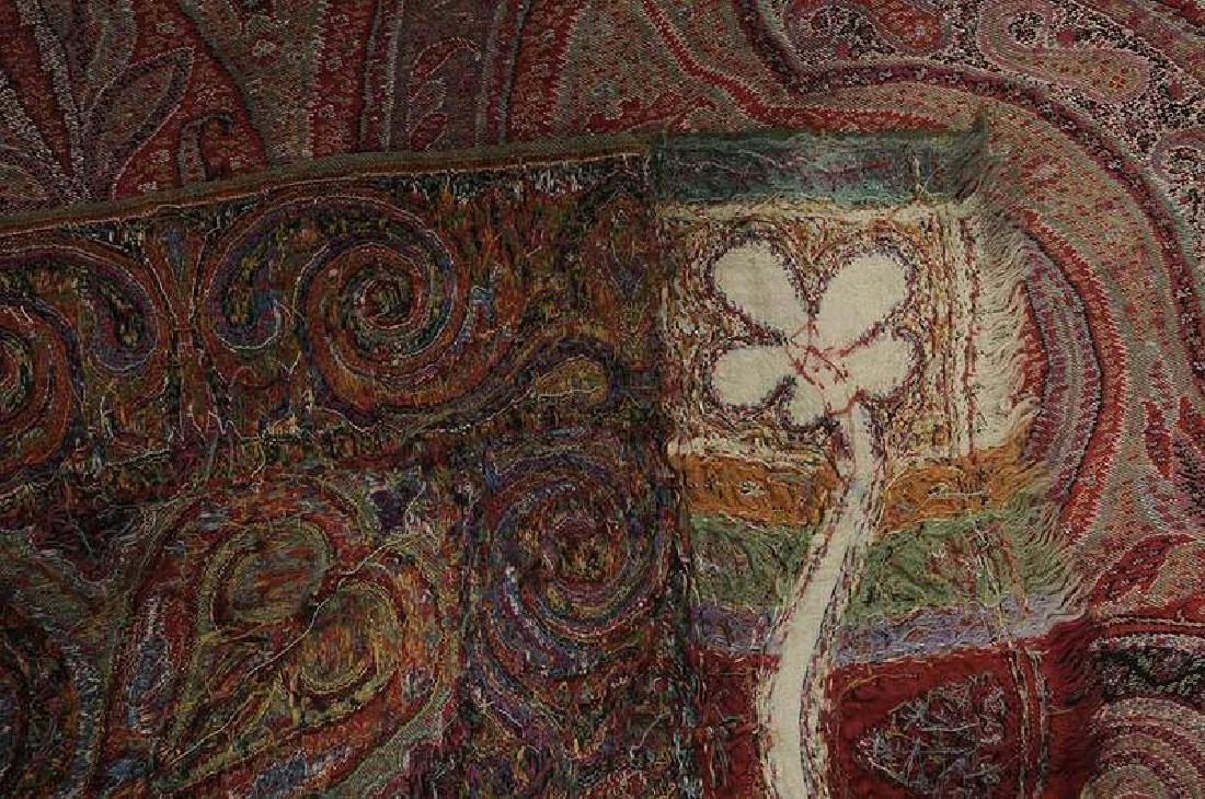 Fine Paisley Wool Shawl - 7