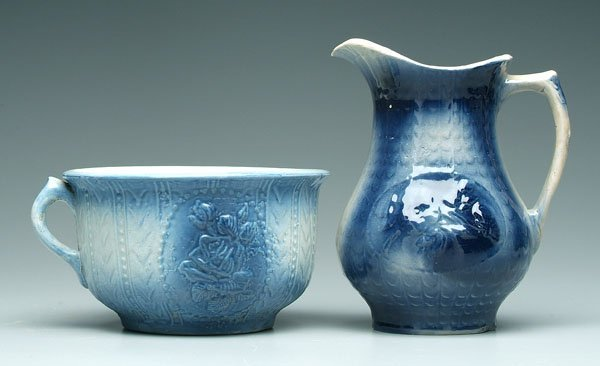 19: Two pieces blue, white crockery: