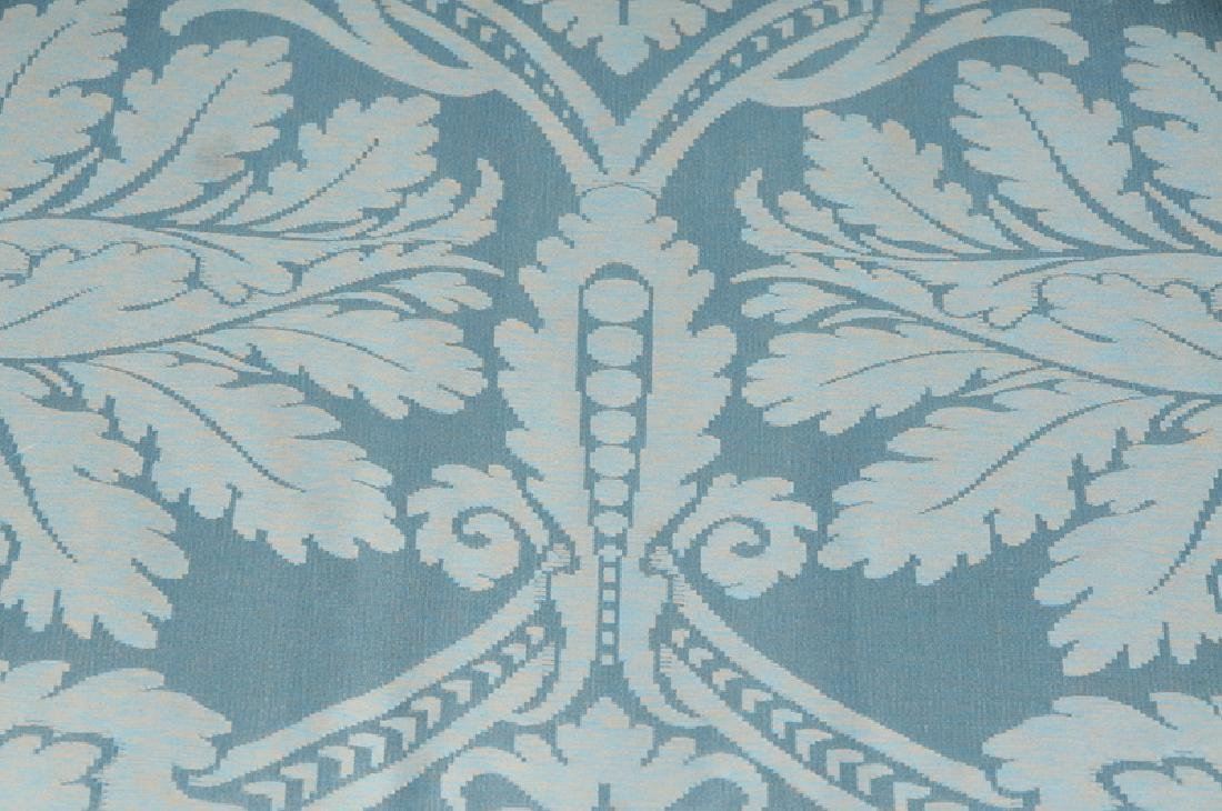 A Hepplewhite Style Damask Upholstered Sofa - 3
