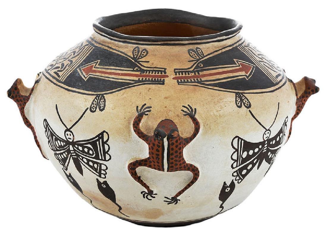 Zuni Pueblo Frog Effigy Bowl